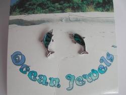 Ohrstecker Delphin aus Paua Muschel