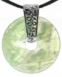 Grüner Fluorit Edelstein Donut Kette 40 mm, mit verziertem Schmuckhalter und Lederband