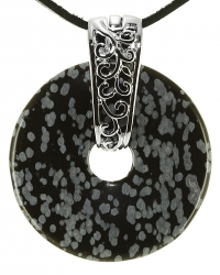 Schneeflockenobsidian Edelstein Donut Kette 40 mm, mit verziertem Schmuckhalter und Lederband