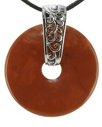 Roter Jaspis Edelstein Donut Kette 40 mm, mit verziertem Schmuckhalter und Lederband
