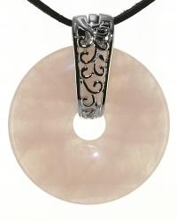 Rosenquarz Edelstein Donut Kette 40 mm, mit verziertem Schmuckhalter und Lederband