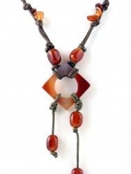 Kordelkette, Edelsteinkette, unterschiedliche Steinteile Karneol, ca. 45 cm