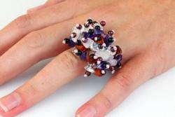 Edelsteinsplitter Ring auf geflochtenem Flexband, passt sich den Fingern an (Bunt)
