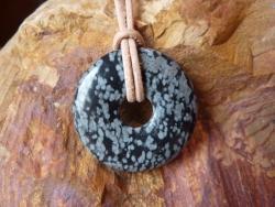 Schneeflockenobsidian Donutkette 30mm
