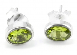 Ohrstecker facettierter Peridot, 8 x 6 mm